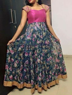 ✩ Check out this list of creative present ideas for people who are into photograhpy Salwar Designs, Lehenga Designs, Kurta Designs Women, Kurti Designs Party Wear, Girls Frock Design, Long Dress Design, Dress Neck Designs, Blouse Designs, Long Gown Dress