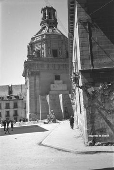 Iglesia de San Andrés entre 1941-45 con las señales de su destrucción Fotografía Otto Wunderlich