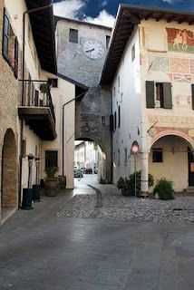 Spilimbergo (Pordenone) Aviano Italy, Nord Est, Places Around The World, Around The Worlds, What A Beautiful World, Regions Of Italy, Italy Travel, Wonderful Places, Countries
