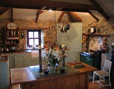 Love this little cottage kitchen! <3