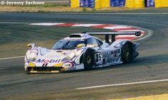 25 - Porsche 911 GT1-98 #002 - Porsche AG Le Mans 24 Hours 1998