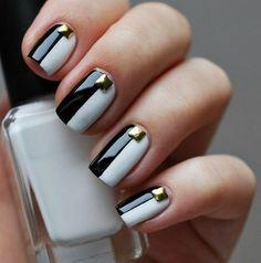 Image via We Heart It https://weheartit.com/entry/141004231/via/24919509 #black #elegant #nailart #naillacquer #nailpolish #nails #white