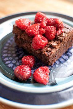 Ruokabloggaajan first world problem: kuinka usein voi julkaista merkinnän, joka käsittelee brownieita?     No, aika usein. Sillä kuten viime...