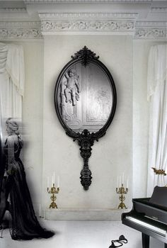 Marie Antoinette mirror is a source of design inspiration for every French classic decoration. Get the Marie Antoinette mirror for an elegant feel in your house.