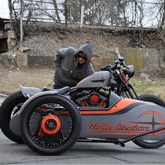 Harley Sportster custom with sidecar. this is so bad ass. Open Face Motorcycle Helmets, Bobber Motorcycle, Motorcycle Outfit, Motorcycle With Sidecar, Cheap Motorcycles, Custom Motorcycles, Custom Bikes, Racing Motorcycles, Harley 48