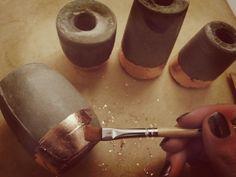 Kerzenständer aus Beton mit Kupfer-Rand #DIY #Beton #Zement #Design