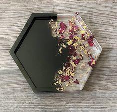 Epoxy Resin Art, Diy Resin Art, Diy Resin Crafts, Resin Molds, Diy Art, Diy And Crafts, Diy Resin Projects, Craft Projects, Diy Resin Coasters