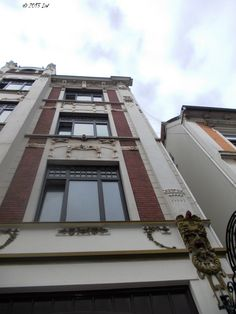 Noble style and mysterious figures, one of the main features of the classical architecture in Bremen.