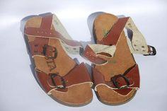 """""""Jesuslatschen""""    Copyright: DDR Museum, Berlin. Eine kommerzielle Nutzung des Bildes ist nicht erlaubt, but feel free to repin it!"""