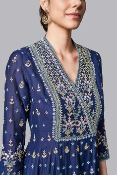 Designer Suits - Buy Ekisha Suit for Women Online - - Anita Dongre Neck Designs For Suits, Dress Neck Designs, Blouse Designs, Plain Kurti Designs, Embroidery Suits Design, Embroidery Fashion, Indian Embroidery, Kalamkari Dresses, Lehenga