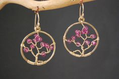 Tree of Life Earrings with Pink Ruby Bohemian por CalicoJunoJewelry