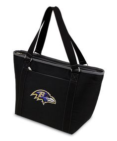 This tote makes it easy to take game-day grub on the go while sporting team spirit. A zipper closure keeps snacks contained, while durable handles ensure this piece will be used for many sports seasons to come. Plus, the interior boasts leak-free construction for more spill-free refreshments.13.75'' W x 24.5'' H x 3.75'' DHolds 24 12-oz. cans