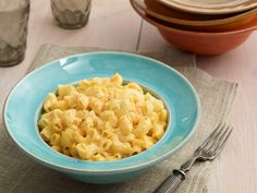 Slow Cooker Macaroni and Cheese from FoodNetwork.com