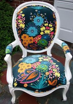 I have a chair similar to this that needs to be redone. I love these colors.. so tempting to order some fabric. This is AMH's velveteen so it will hold up well and be ultra cushy.  via: thimble + bobbin: Anna Maria Horner Velveteen