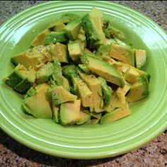 Avocado + lemon juice + salt  peppa ... So simple yet soo delish