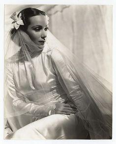 Dolores Del Rio, amazing in the '30s