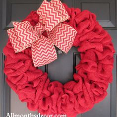 Simple Burlap wreath w/ bow (picture only)