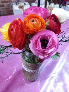 MARIMONIAS. GREAT FLOWERS. MASON JAR.
