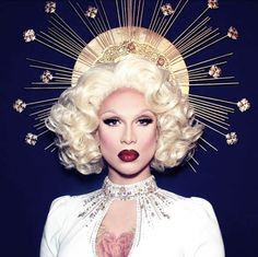 Miss Fame - RuPaul's Drag Race Season 7 I will be incorporating curls within my final look.