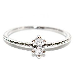 18K Dainty and Delicate Oval-Cut Cubic Zirconia on Stackable Band Ring – Rose Gold / White Gold Plated (Size 3-9) Review