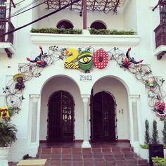 La Casa Francesca Miranda se vistio de Carnaval #Bicentenario #200 #CarnavalDeBarranquilla #Garabato #Carnaval2013 #Barranquilla #Cultura #Carnaval #FrancescaMiranda - @francescaonline- #webstagram Holiday Ornaments, Decorations, Clarinet, Fiestas, Life