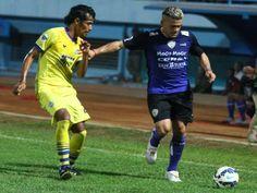 Ligaolahraga.com � Arema Cronus akan malakoni pertadingan kedua babak penyisihan Grup A Piala Jenderal Sudirman, berhadapan dengan Persipasi Bandung Raya (PBR) di Stadion Kanjuruhan, Malang, malam nanti  (16/11).