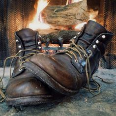 Daily Man Up (27 Photos) - whiskey trucks outdoors motorcycles man stuff knives Guns cars alcohol Red Wing Boots, Bottes Red Wing, Rugged Style, Rugged Men, Style Brut, Men's Shoes, Shoe Boots, Wing Shoes, Red Wing Iron Ranger