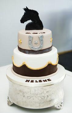Horse inspired cake. Hest som inspirasjon for denne kofirmasjonskaken:)
