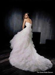 Fabulous wedding dress ENZOANI ARABELLA SZ 12 BNWT Beads lace rouching and ruffles rustic wedding fun. $1150 at thegreenbridedenver.com