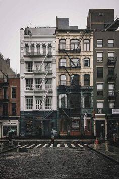 New York City streets photography travel destinations ideas City Photography, Landscape Photography, Photography Ideas, Apartments New York, New York City Apartment, New York Townhouse, Travel Photographie, Empire Romain, City Vibe