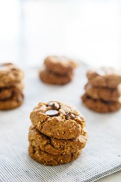 Peanut Butter Chocolate Chip Flour-less Cookies via A House in the Hills