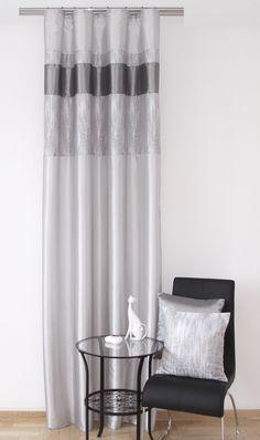 Moderné pruhované závesy sivé do obývačky