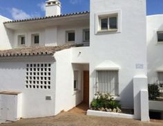 Apartamento en Casares, Málaga. 136 m2, 3 hab, 3 baños, piscina, vistas al mar, garaje incluido en precio. Apartment in Casares, Málaga. 136 m2, 3 beds, 3 baths, pool, sea views, garage included in the Price. 100.454 €