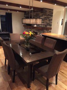 Sala de jantar Dining Room Table Decor, Dining Table Design, Dining Room Furniture, Living Room Decor, Beautiful Dining Rooms, Dining Room Inspiration, Home Room Design, Home Decor Kitchen, Homes