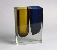 Light Reflection, Glass Art, Sculptures, Nail Designs, Objects, Antiques, Finland, Vases, Scandinavian