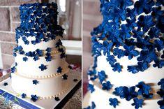 15 blume dekoration hochzeitstorte blau weiss Eine blaue Hochzeit – die Farbe der Himmel und des Meers