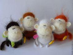 Купить Обезьянка вязаная Каштановая - оранжевый, каштановый, обезьяна, обезьянка, игрушка обезьянка, вязаная обезьянка