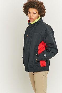 "Skijacke ""1989"" 65,00 € (von 210,00 €) Urban Outfitters Trendio (http://www.trendio.eu/products/16654)"