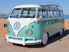 1961 Need 23 Windows Ragtop VW Traveler Bus - . - 1961 Need 23 Windows Ragtop VW Traveler Bus – # Use up You are in the - Volkswagen Bus, Vw Camper Bus, Volkswagen Transporter, Volkswagen Beetles, Campers, Vans Vw, Vw T1 Samba, Kombi Trailer, Combi T1