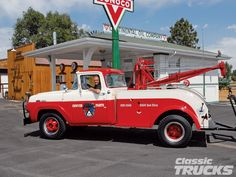 1957 Ford F-350 Tow Truck