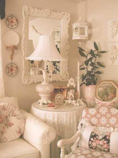 6 Versatile Tips AND Tricks: Shabby Chic Pink Furniture shabby chic vanity sweets.Shabby Chic Bathroom Kids shabby chic living room on a budget. Shabby Chic Living Room, Shabby Chic Interiors, Shabby Chic Bedrooms, Shabby Chic Kitchen, Shabby Chic Cottage, Vintage Shabby Chic, Shabby Chic Homes, Shabby Chic Furniture, Shabby Chic Decor