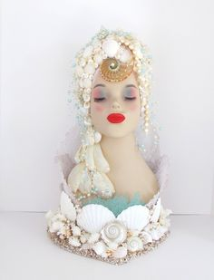 Bust Mermaid Head Seashells