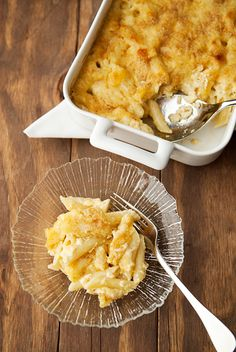 Mac & Cheese two ways –Bechamel sauce vs. Custard sauce. You know I can't resist a mac recipe...