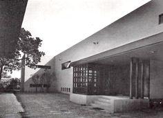 Casa en Cerrada de la Cerca, Cerrada de la Cerca 62, San Angel, México DF 1951    Arq. Enrique de la Mora    Fotos: Guillermo Zamora