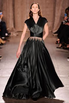 Zac Posen Fall 2015 RTW - the way the skirt connects to the bodice is incredible!