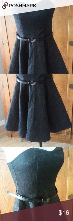 Black Strapless Dress Brocade Belt PARTY SM NWT Perfect party dress. Includes a belt and attached crinoline on hem only. Belt has a crease in one spot otherwise perfect new condition. Thank you for looking. Forever 21 Dresses Strapless