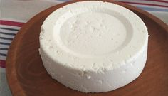 The homemade cheese is extremely delicious, healthy and economical, and won't take much of your time. My Recipes, Dessert Recipes, Cooking Recipes, Desserts, Best Cheese, Vegan Cheese, Kefir, Good Food, Yummy Food