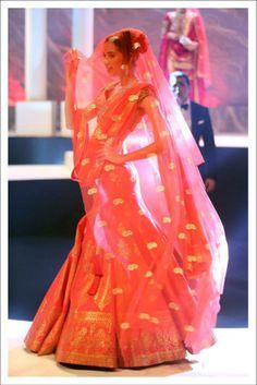 Bridal Lehenga by Suneet Verma #lehenga #choli #indian #shaadi #bridal #fashion #style #desi #designer #blouse #wedding #gorgeous #beautiful