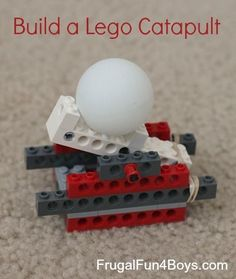 Lego building challenge: Build something that can launch a ping pong ball. This post has two ways to build a Lego catapult. Great for a rainy day! Legos not just for boys :) Minifigures Lego, Lego Duplo, Projects For Kids, Crafts For Kids, Lego Craft, Catapult Craft, Lego Challenge, Lego Activities, Indoor Activities