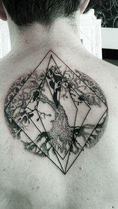 Tree of LIfe Tattoo // Sacred Geometry // Halftone Tattoo // Dotwork